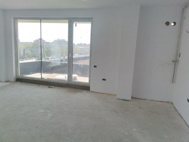 Penthouse situat in zona TOMIS NORD - CAMPUS