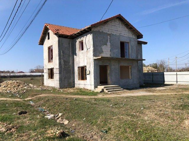 casa P+1, situata in POIANA,