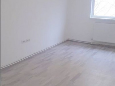 apartament situat in zona POARTA 6,
