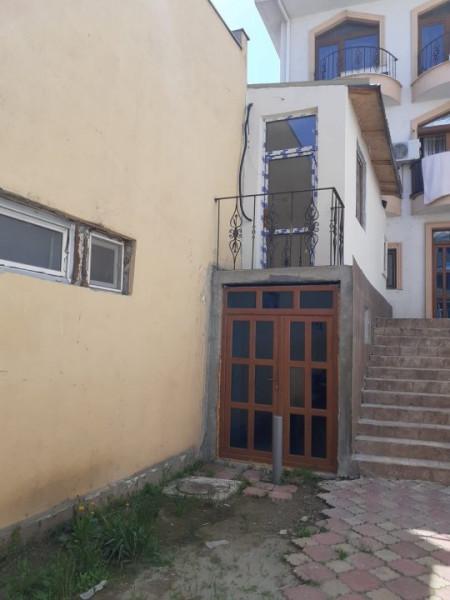 Casa situata in zona DACIA