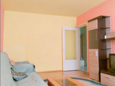 Apartament situat in zona KM 5