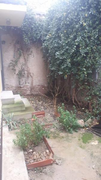 casa P+2, situata in zona UNIVERSITATE,