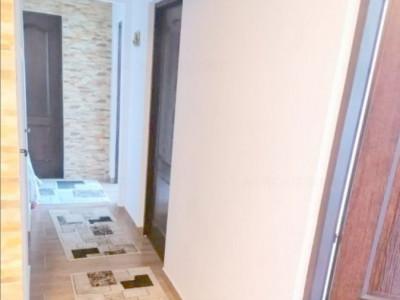 apartament situat in zona CASA DE CULTURA - parc, 3 camere decomandate